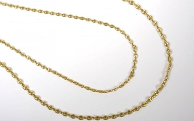 Two 18 karat yellow gold chains. L.:+/-70 and 80cm. Total weight: +/-115grs.