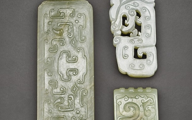 A CELADON JADE ARCHAISTIC ''TAOTIE' PLAQUE AND ORNAMENT, AND A WHITE JADE 'CHILONG' PENDANT QING DYNASTY