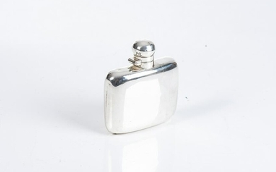 AN EDWARD VII SILVER HIP FLASK, GRIFFITHS AND