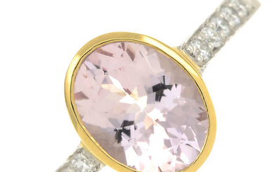 An 18ct gold morganite single-stone ring, with brilliant-cut diamond line shoulders.
