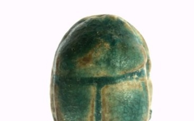 Ancient Egyptian Steatite with glaze residues Scarab with bluish glaze remains - 5×7×11 mm - (1)