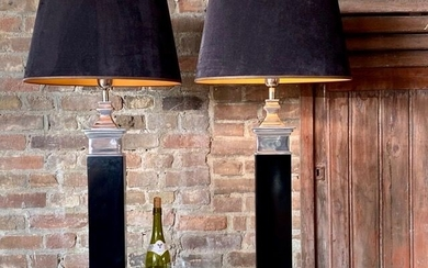 Diga Colmore - Colmore - A pair of Large Neoclassical Column Design Lamps