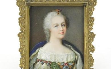 Early 19th century hand painted portrait miniature of a
