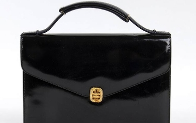 GUCCI LEATHER BAG 60s Black patent leather bag, gilded hardware...