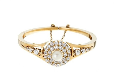 Gold slave bracelet with diamonds and pearl