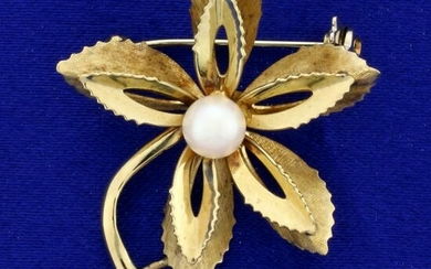 Italian-Made Pearl Flower Pin in 14K Yellow Gold