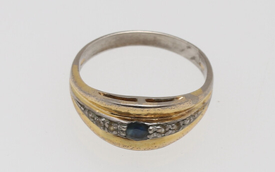 RING, silver, with sapphire and white stones.