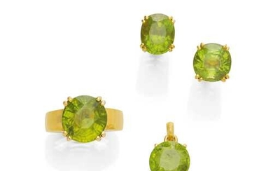 SET PERIDOT AND GOLD RING, EARRINGS AND PENDANT.