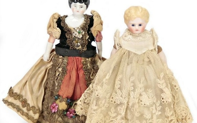 mixed lot of dollhouse dolls, 1x bisque shoulder