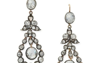 A PAIR OF ANTIQUE DIAMOND DROP EARRINGS, 19TH CENTURY