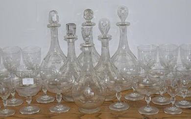 A set of glasses and six engraved crystal...