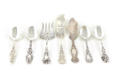 American silver floral pattern flatware and serving pieces (7pcs)