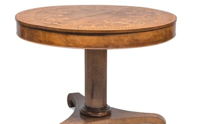 BEAUTIFUL TABLE IN WALNUT - CENTRAL ITALY EARLY 19TH CENTURY