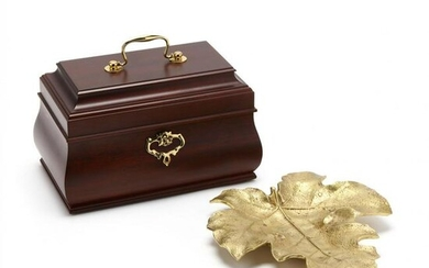 Colonial Williamsburg Jewelry Box and Leaf Dish