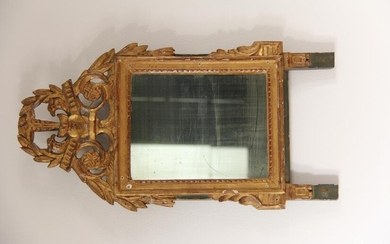 *Gilt wood carved glass with openwork pediment of heart and foliage, 18th c.
