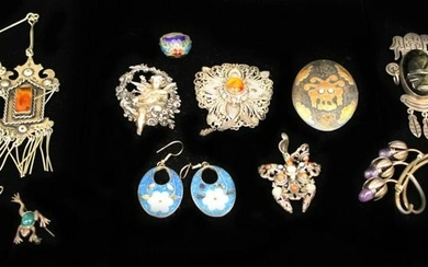 LOT (13) PCS. OF VINTAGE JEWELRY, SOME SILVER
