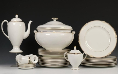 Porcelain tableware section Heinrich ivory body, consisting of:...