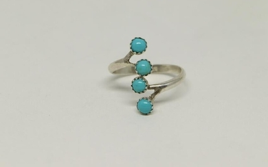 Sterling Silver Navajo Turquoise Ring.