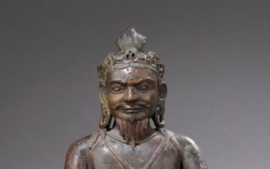 TIBET - 16th century Large bronze statuette of...