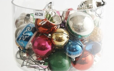 A LARGE COLLECTION OF 1950S HAND PAINTED GLASS CHRISTMAS TREE DECORATIONS INCLUDING SANTAS AND INSTRUMENTS IN CLEAR GLASS FOOTED COM...