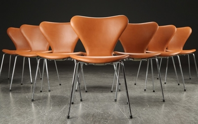 Arne Jacobsen. Eight 'Series 7' chairs Model 3107, cognac-coloured leather (8)