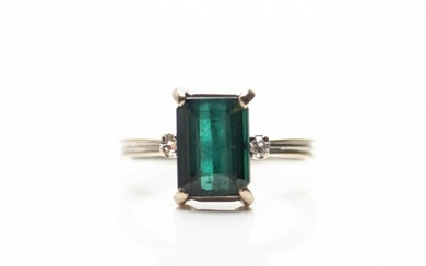 TOURMALINE AND DIAMOND RING, 2.5g