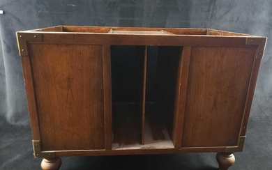 Wooden Footed Record or Magazine Rack