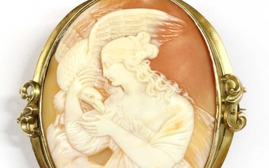 A gold mounted cameo brooch