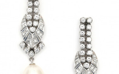 A pair of 18 carat white gold diamond and white cultured pearl earrings. Set with brilliant cut diamonds, ca. 3.5 ct. in total, ca. H-I, ca. VS2. Gross weight: 16.1 g.