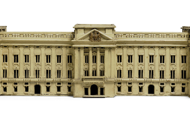 AN ENGLISH CREAM-PAINTED MODEL OF THE GEORGE V FACADE OF BUCKINGHAM PALACE, FIRST HALF 20TH CENTURY