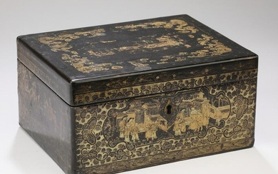 Chinese export gilt and lacquer tea caddy, ca 1830