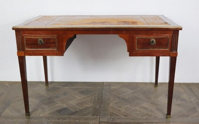 Flat mahogany and mahogany veneer desk.
