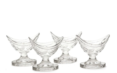 Four Irish boat shaped cut crystal glass salt cellars. Waterford, 19th century. H. 9 cm. L. 9 cm. (4)