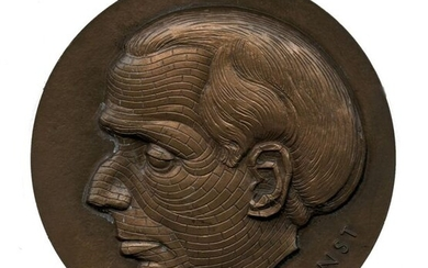 Hans BELLMER, after (1902-1975). Max Ernst, 1973. Copper medal of the Monnaie de Paris, diameter 6.8 cm, punch with the horn of plenty on the edge, about 200 grams.