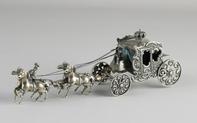 Large silver miniature, 835/000, large royal carriage