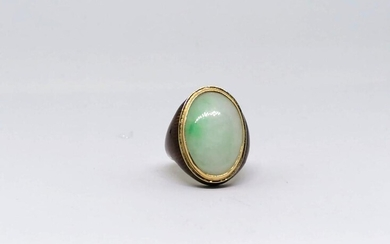 Opaline and enamel gold ring