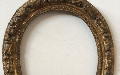 Oval frame (1) - Louis XV - Carved and gilded wood - Mid 18th century