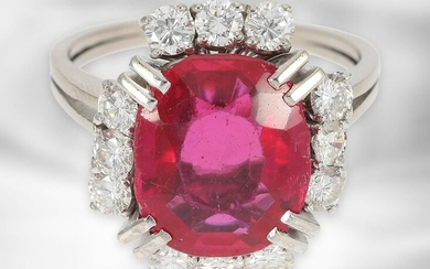 Ring: decorative white gold ring with fine diamonds of approx. 0,96ct and ruby, this probably synthetic, 14K gold