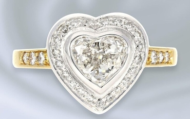 Ring: extremely tasteful, formerly expensive and modern goldsmith's ring with heart cut diamond, 18K gold