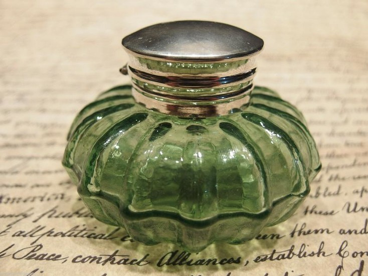 Round Green Glass Glass Inkwell Ink pot Bottle