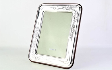 Sterling Silver Frame with Wheat Pattern