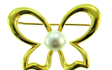 Vintage Mikimoto 18k Yellow Gold Pearl Butterfly Pin