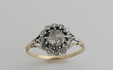 Yellow gold ring, 585/000, with silver head set with