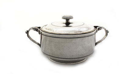 18th century 84 Russian silver Sugar bowl with lid...