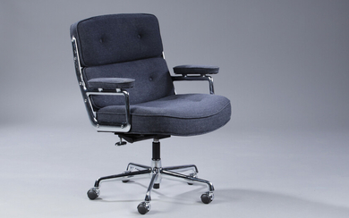 Charles Eames. Vintage office chair. Time Life Lobby Chair, coke-grey grey wool.