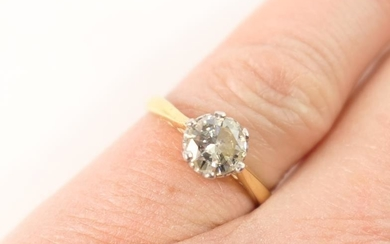 Diamond solitaire ring, round brilliant cut stone of approx....