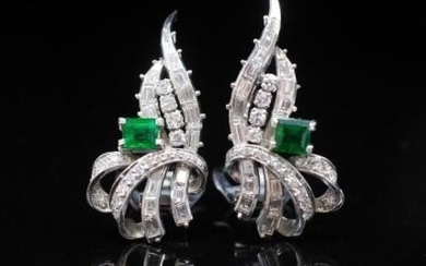 Emerald and diamond set platinum ear clips approx 2x carre c...