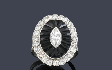 Ring with marquis and brilliant cut diamonds