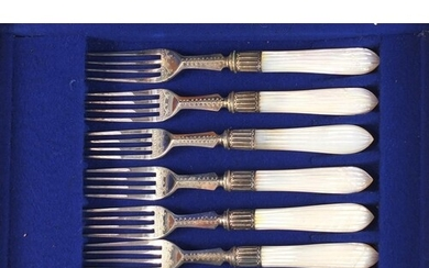 Set of six silver plated cake knives and forks with mother o...