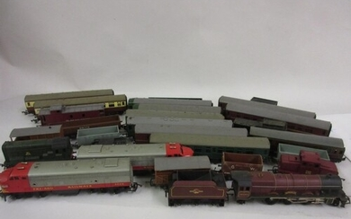 Three boxes containing a large collection of Triang Hornby 0...